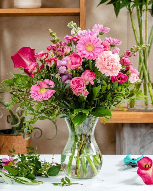 Счастливый и розовый - фантазия флориста