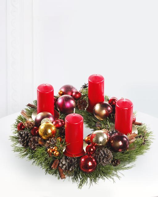Pождественский венок со свечами